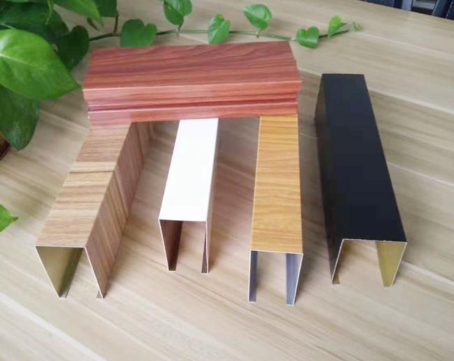 弧形铝方通产品的规格定制建议 www.shuanghu6.com